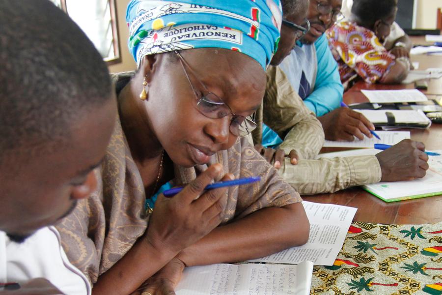 Formación en igualdad de género en el barrio Glo-Djigbé de Cotonou, Benín